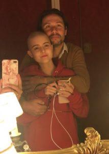 Papa et Emilie atteinte du sarcome d'ewing cancer des enfants